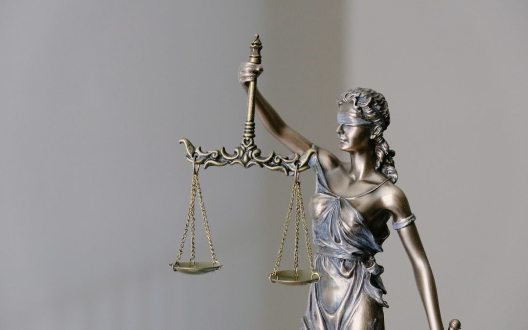 A Few Basic Reasons To Hire A Houston Criminal Attorney
